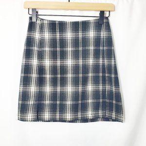 BRANDY MELVILLE Black Plaid Cara Mini Skirt EUC